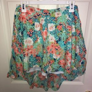 Floral skirt with elastic